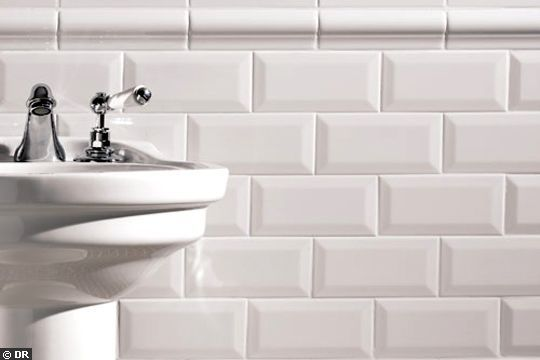 21 Idees Pour Reveiller Une Salle De Bains Carrelage Metro Blanc