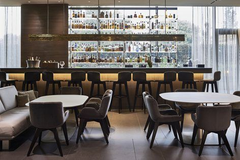 ENG - Set in the heart of the emerging Porta Volta neighborhood, Hotel Viu Milan manages to capture the zeitgeist of the modern-day city with its progressive and sustainable architectural concept, while honoring the classic aesthetics of...