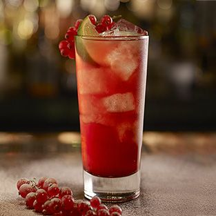 Drambuie Cranberry A Bright Burst Of Fruit Shot Through With