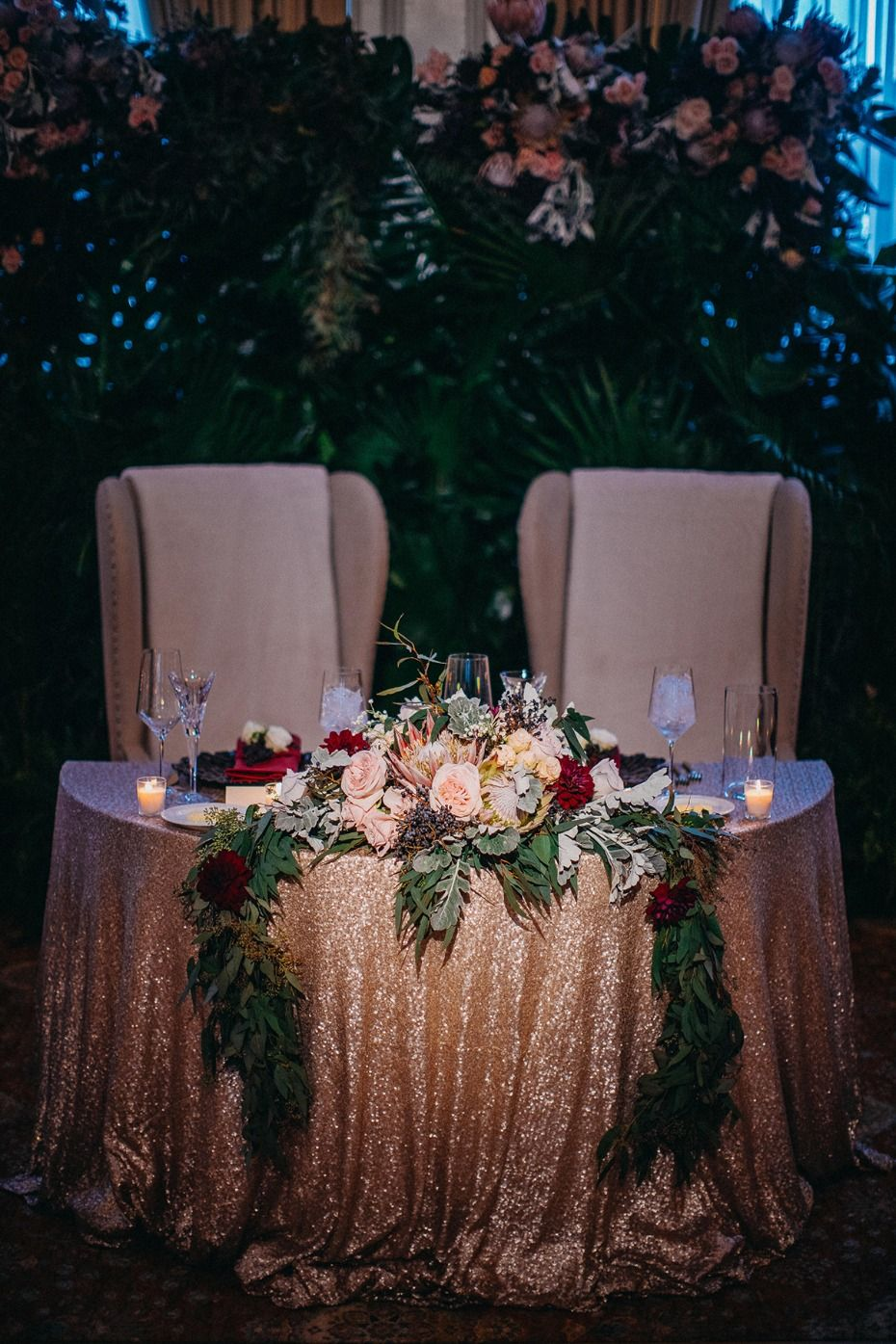 Dramatic Fall Inspired Sweetheart Table Goldsequin Sweethearttable Greenery Lushfls
