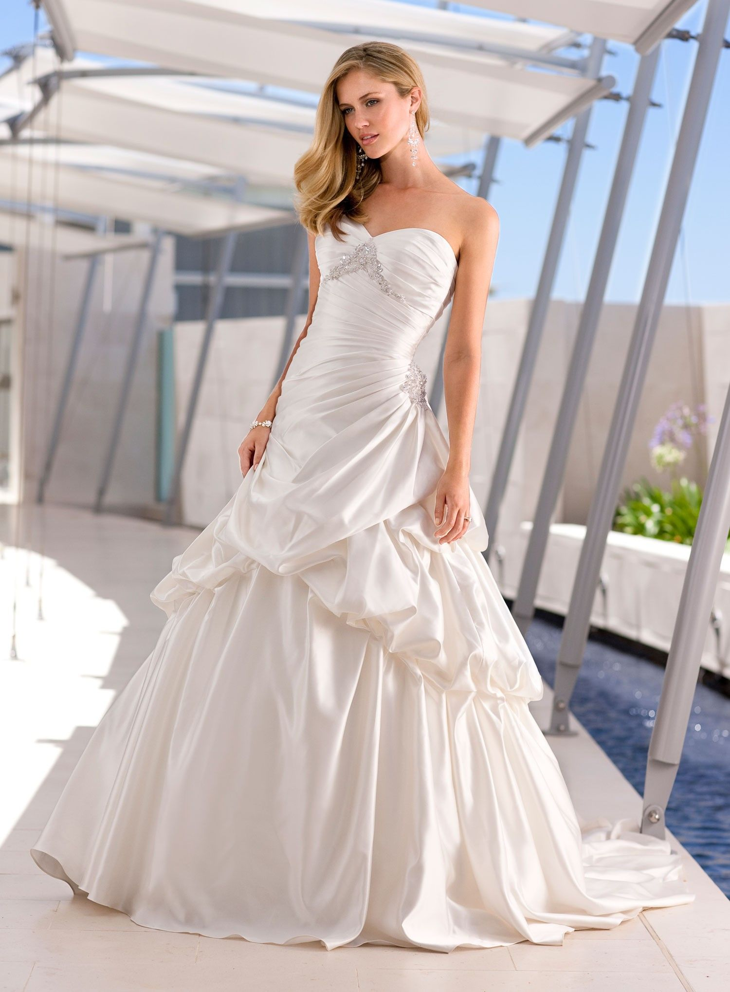Best 25+ Affordable wedding dresses ideas on Pinterest | Fitted ...