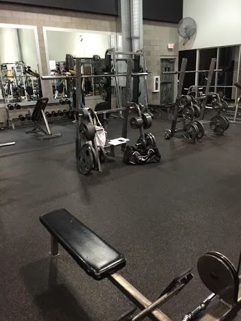 Eos Fitness Offers A Range Of Amenities As Well Group Exercises Personal