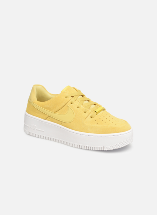 Baskets Nike W Af1 Sage Low Jaune #Nike #airforce1 #sneakers ...