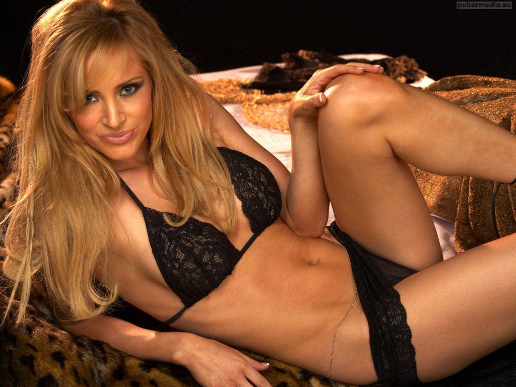 Elisabeth banks naked