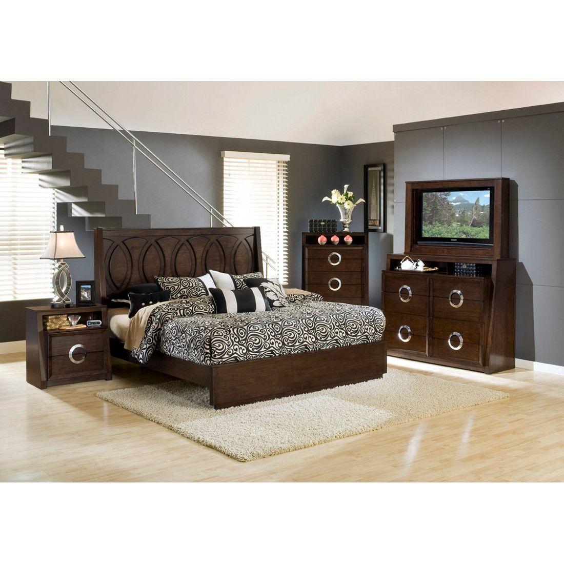 Bed, TV Dresser & TV Mirror