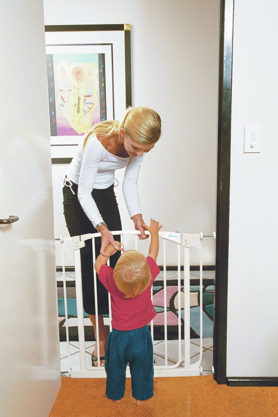 Dreambaby Chelsea AutoClose Safety Pressure Gate 7180cm