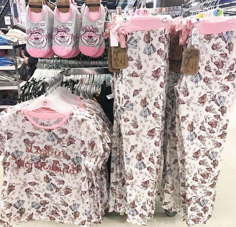New DISNEY MINNIE MOUSE  PYJAMA SequinT-SHIRT AND LEGGINGS Primark Loungewear