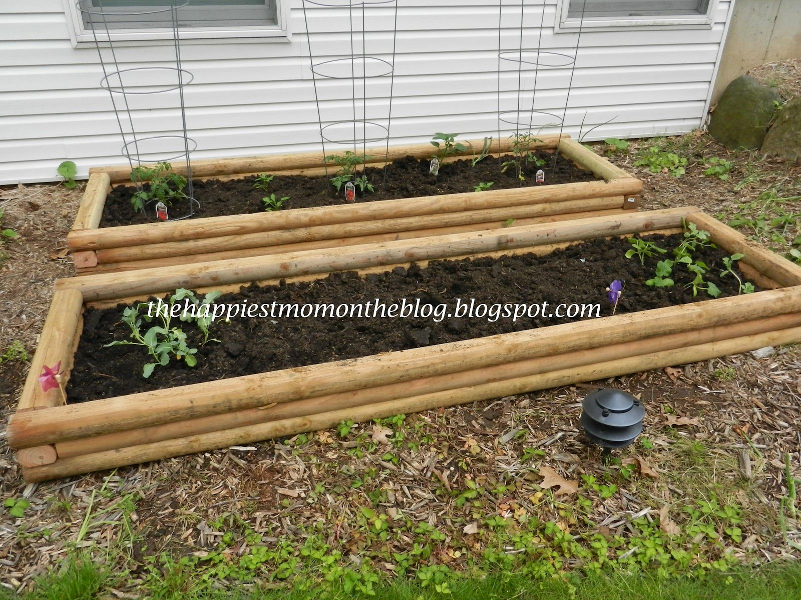 diy raised garden boxes these planters are easy to make out of landscape timbers garden. Black Bedroom Furniture Sets. Home Design Ideas