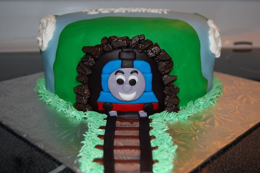 Thomas cake image by sandyctaylor - Photobucket
