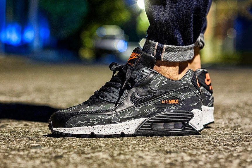 "outlet store 1b120 e2004 atmos x Nike Air Max 90 ""Tiger Camo"""