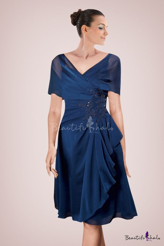 Vogue Chiffon Knee Length A Line Mother Of Bride Gown Accented With Lique And