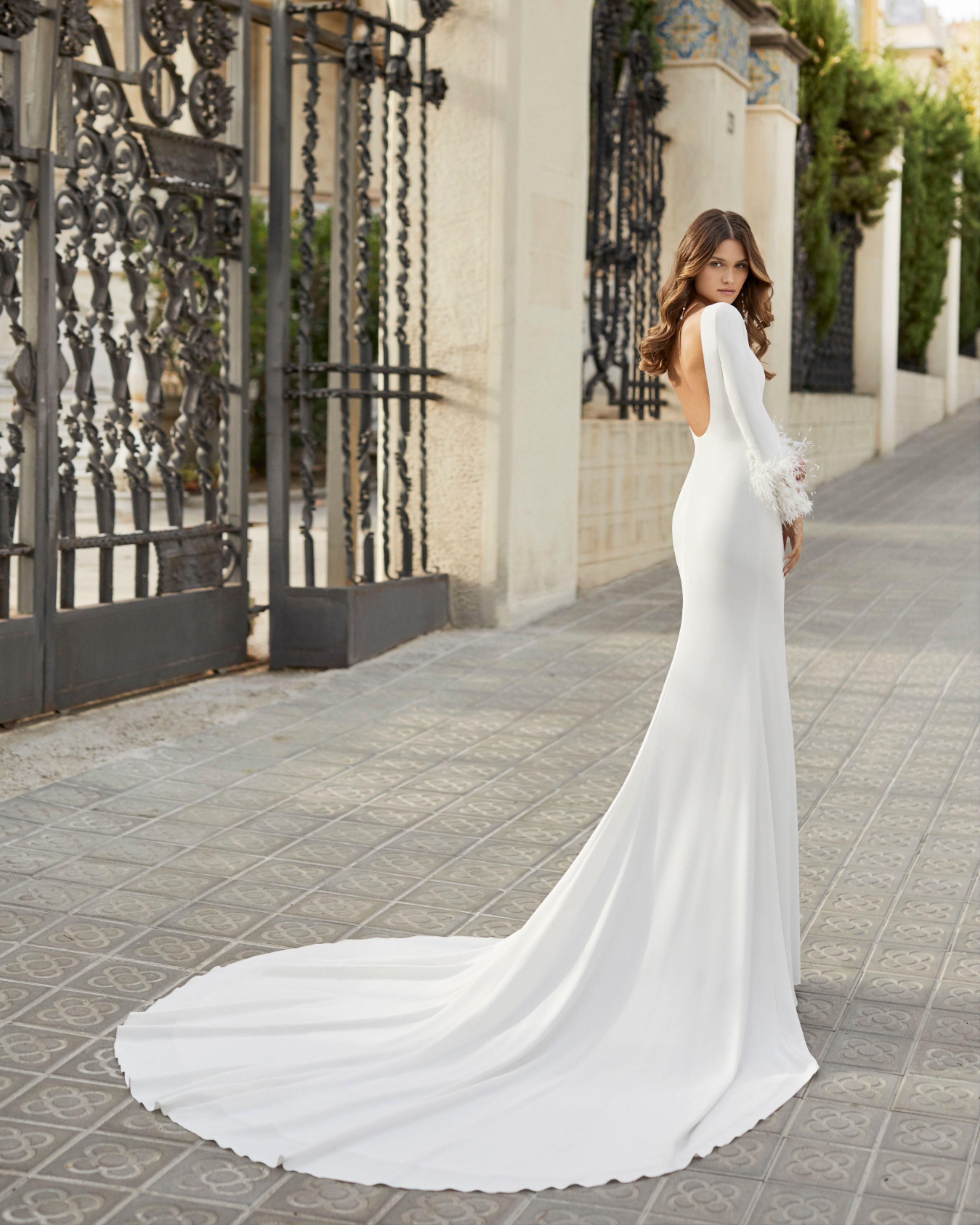Tahir By Rosa Clara Wedding Dresses Simple Wedding Dresses Bridal Dresses [ jpg ]