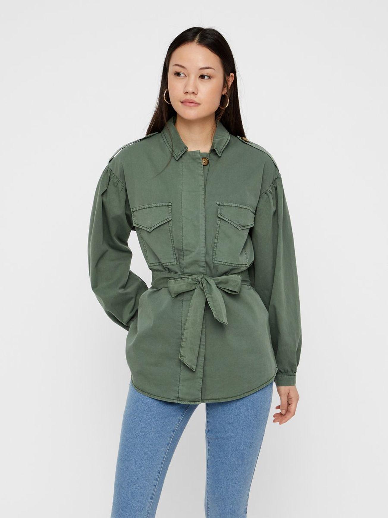 af3a491b Cargo bælte jakke i 2019   Ønsker   Vero moda, Moda og Bælte