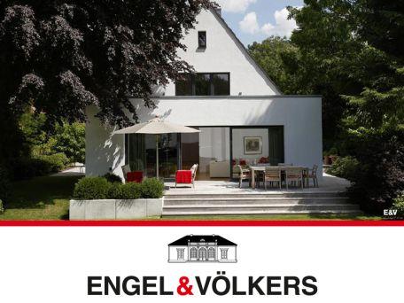 Luxuriöses Understatement neuwertige Villa Anbau haus
