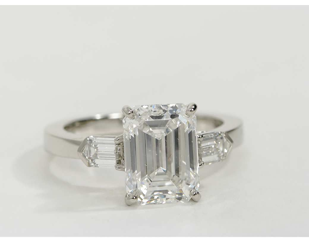 bullet diamond with shoulders hancocks at cut j jewelry engagement carat z rings ring emerald id