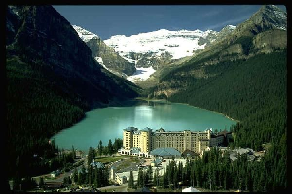 The Fairmont Cau Lake Louise Alberta Canada Resort Saw This On Bachelor Tonight And Just Had To Look It Up