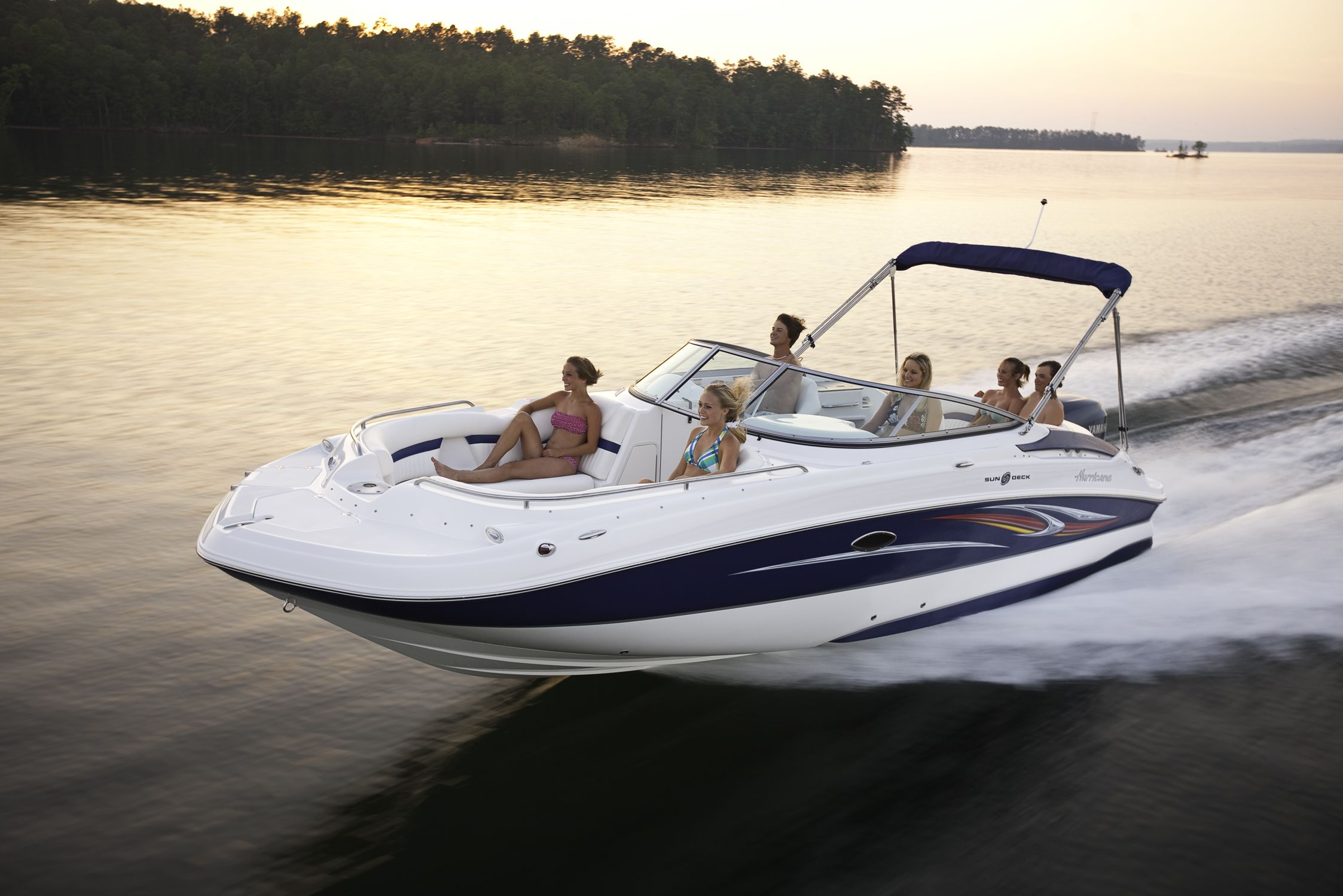 2400 Our Top Selling Hurricane Deck Boat Palm Beach Boat Show Hurricane Deck Boat Boat