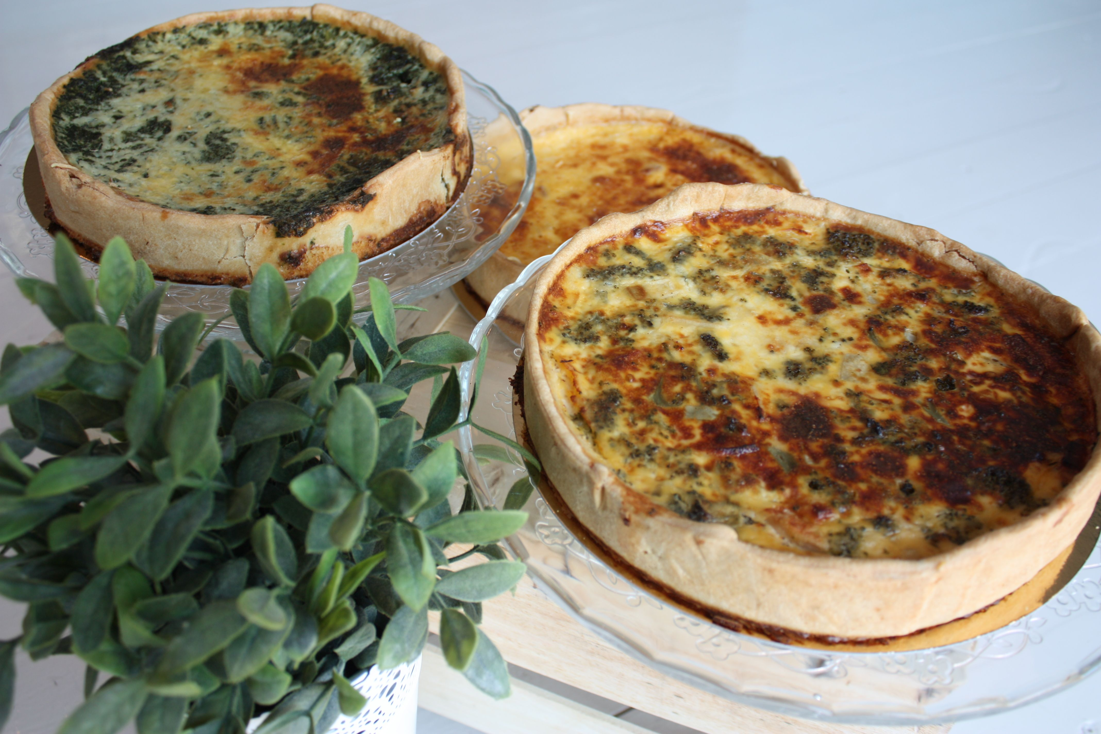 Quiches lorraine, quiche espinacas, quiche brocoli con pavo, quiche de champiñones, hechas masa y productos frescos sin conservantes.