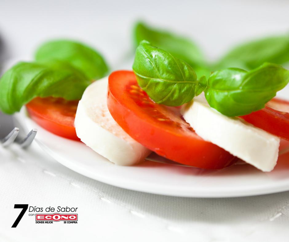 Viernes+-+Tapas+de+tomate+y+queso+fresco+del+país+-+7+días+de+Sabor+con+ECONO