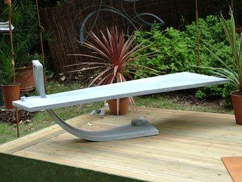 Delicieux Modern Garden Bench