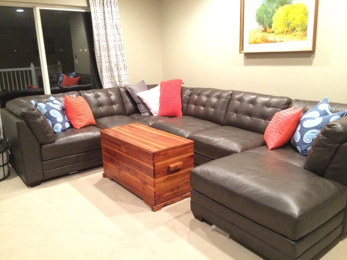 Bett Furniture Affinity U Sectional Slate Gray With Blue And Orange Accent Decor Love The Leather Now We Just Need An Area Rug
