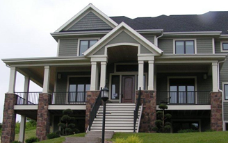 Aging In Place Comfortably With Aluminum Railing Aluminum Porch Railing Porch Railing Aluminum Railing