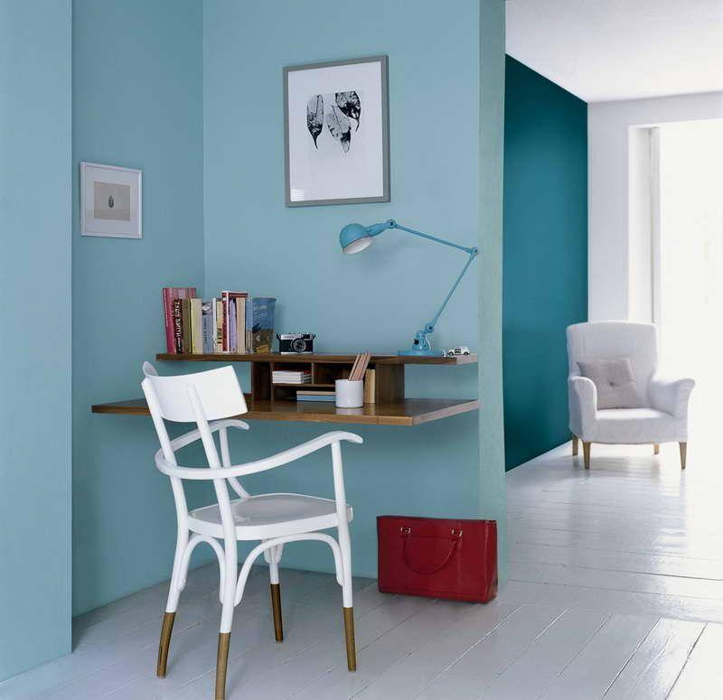 Blue-Paint-Color-With-White-Seat.jpg (800×775) | basement | Pinterest