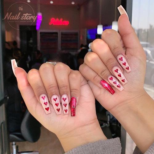 27 Lovely Valentine S Day Nail Art For 2020 Favnailart Com In 2020 Valentine S Day Nail Designs Valentine S Day Nails Nail Designs Valentines