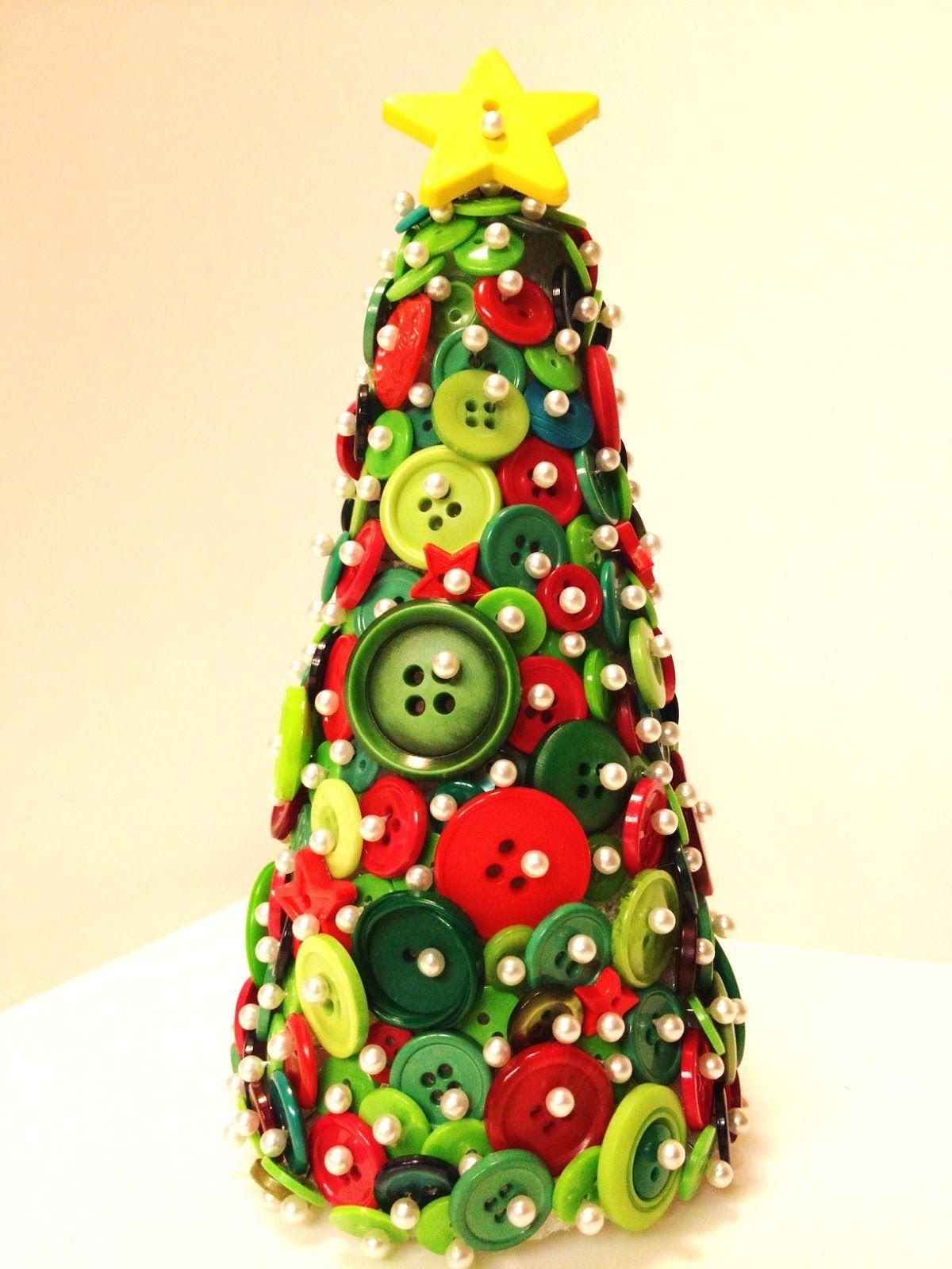 Idee Di Riciclo Per Natale 25 idee creative per riciclare i vecchi bottoni (con