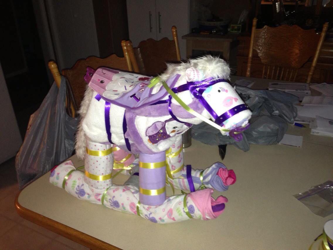 how to make a diaper horse