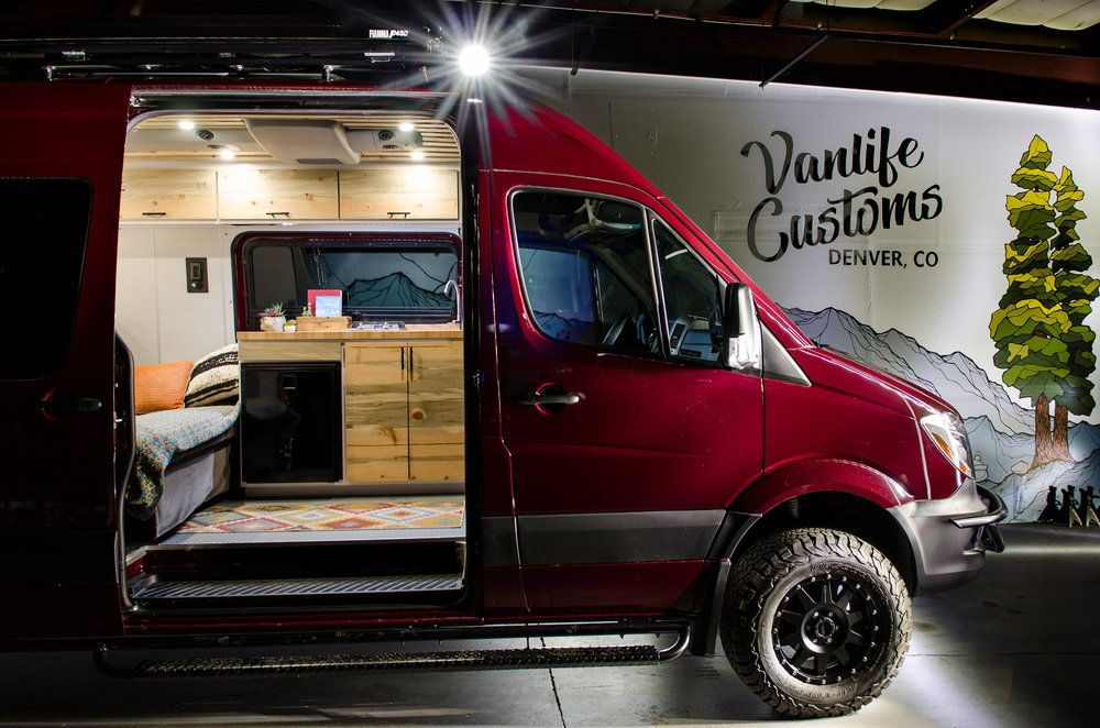 Sprinter Conversion Vanlife Customs Awesome Mural Brooke The