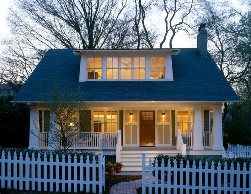 Decorative Traditional American Bungalow House Patio Ideas Best American Bungalow House Designs Rumah Impian Rumah Loteng