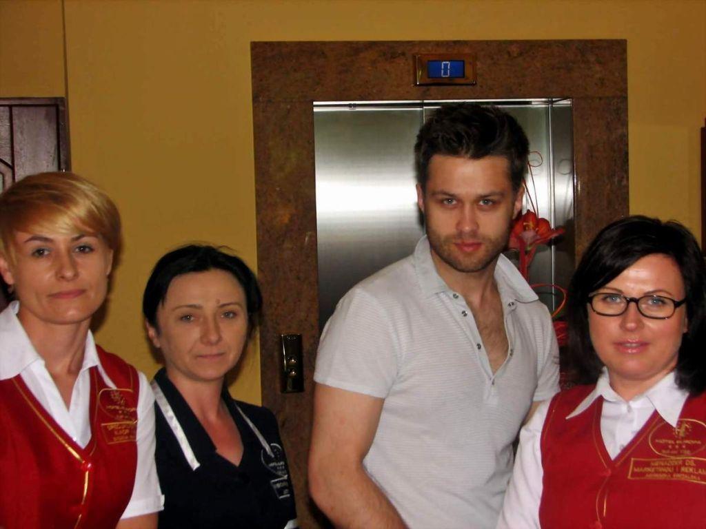 Maciej Zakoscielny Coat Lab Coat Hotel