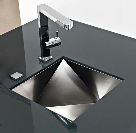 Innovative Sinks By Franke New Polyedra 3d Artistic Sink Design Kitchen Sink Design Modern Kitchen Sinks Sink Design