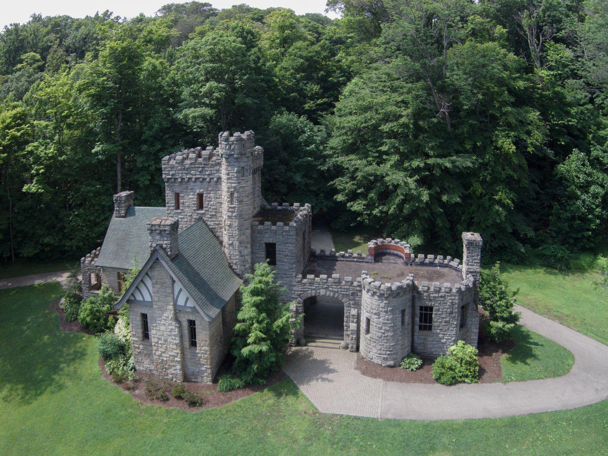 Squires Castle Explored Castle House Plans Castle House Small Castles