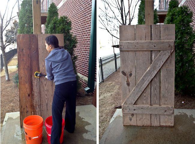 Diy Reclaimed Barn Door Headboard Crafts Barn Wood