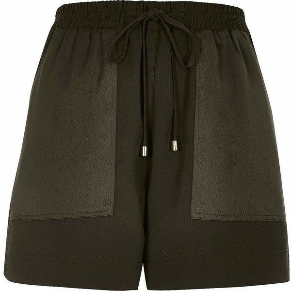 River Island Khaki soft woven combat shorts (770 HNL) ❤ liked on Polyvore featuring shorts, khaki, pocket shorts, combat shorts, khaki shorts, river island and metallic shorts