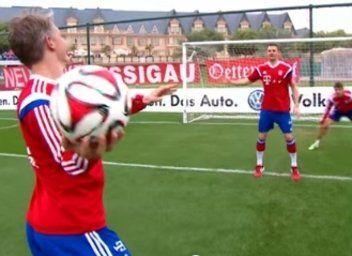 Manuel Neuer, un crack también como portero de balonmano