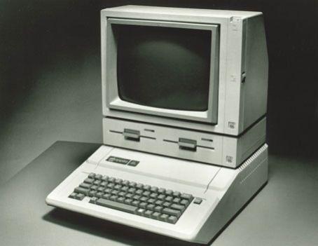 COMPARES APPLE IBM  VINTAGE AD SOAP BOX DERBY 1986 COMMODORE AMIGA Computer