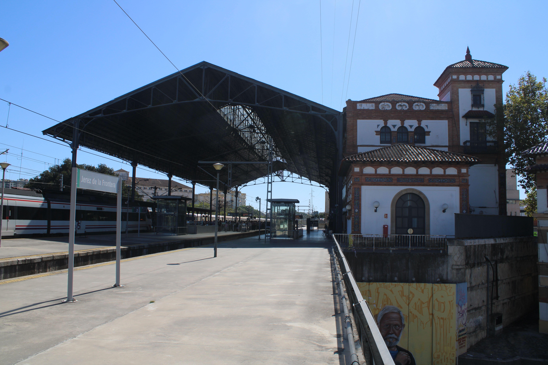 panorámica de la estación de Jerez de la Frontera