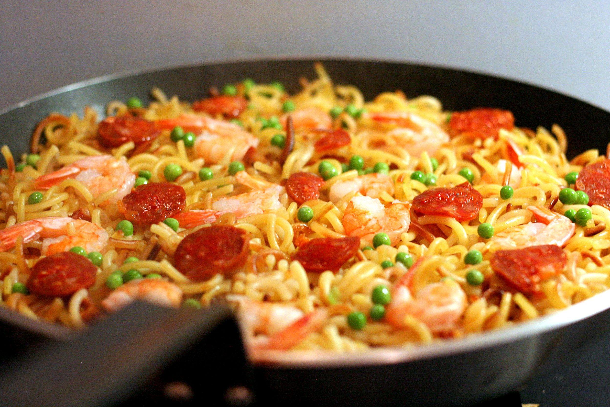 Po l e de p tes fa on fideua cuisine pinterest p tes riz et recette plat chaud - Recette de cuisine en espagnol ...