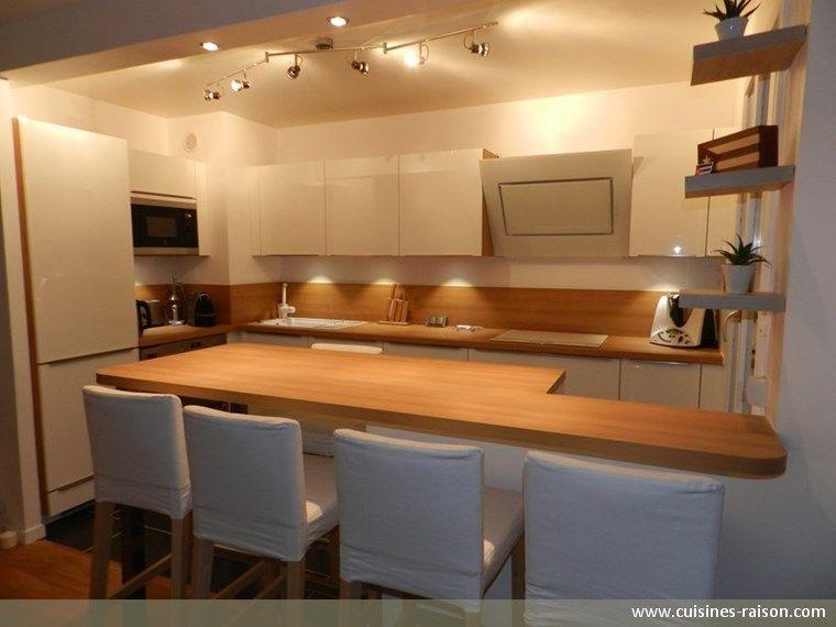 Cuisine design moderne - Aménagement de la pièce en l - Matière