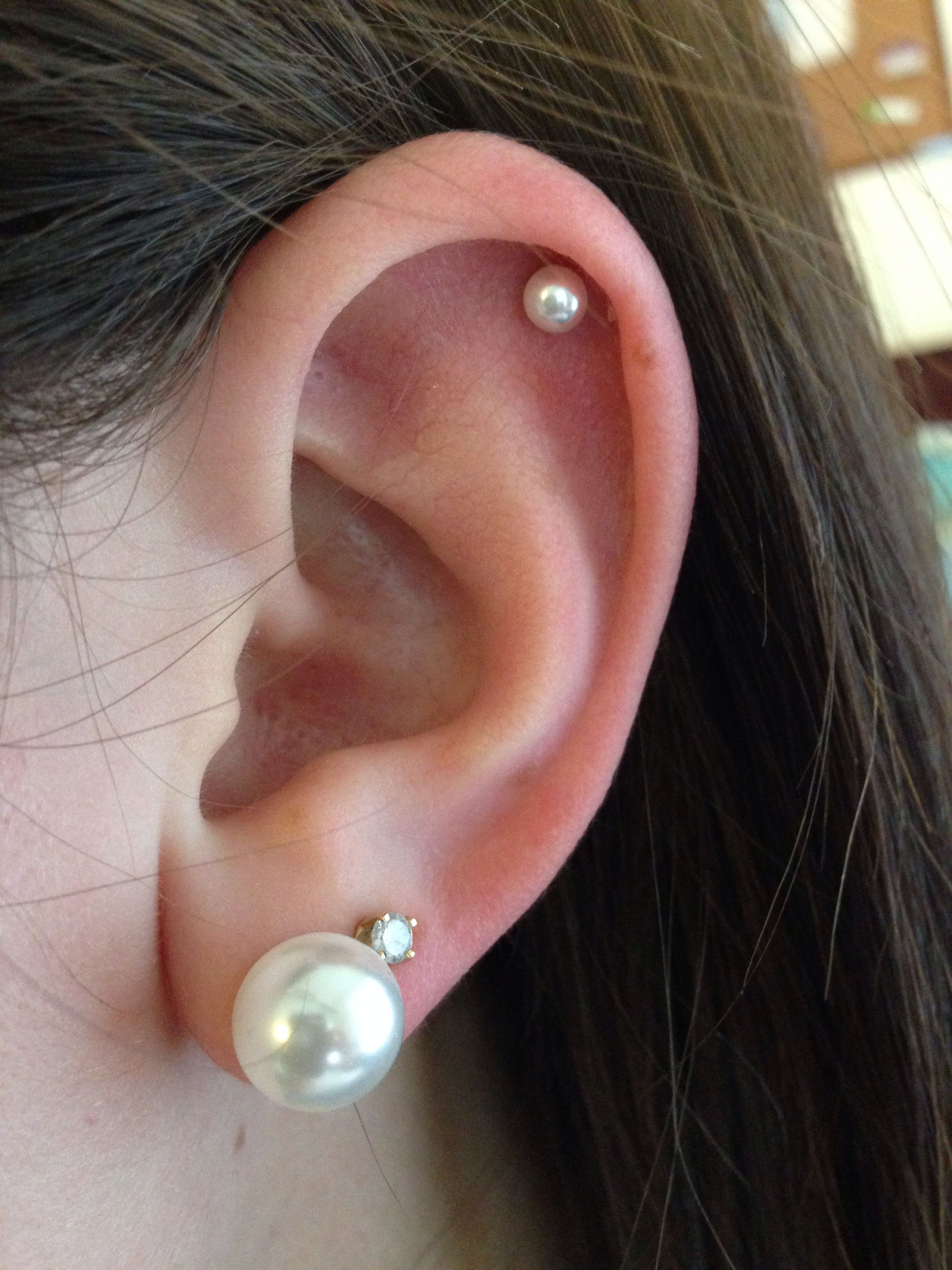 Pearl Stud Cartilage Piercing | Cartilage Piercing | Ear ...
