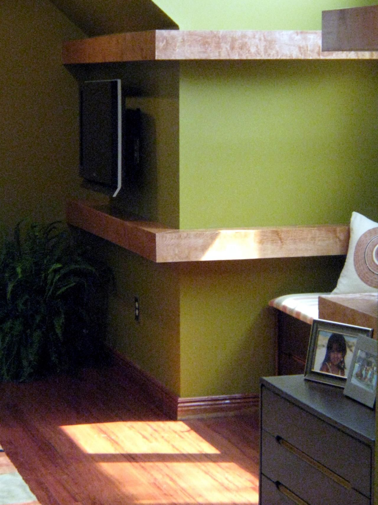 Build Floating Shelves To Wrap Around A Corner Wall