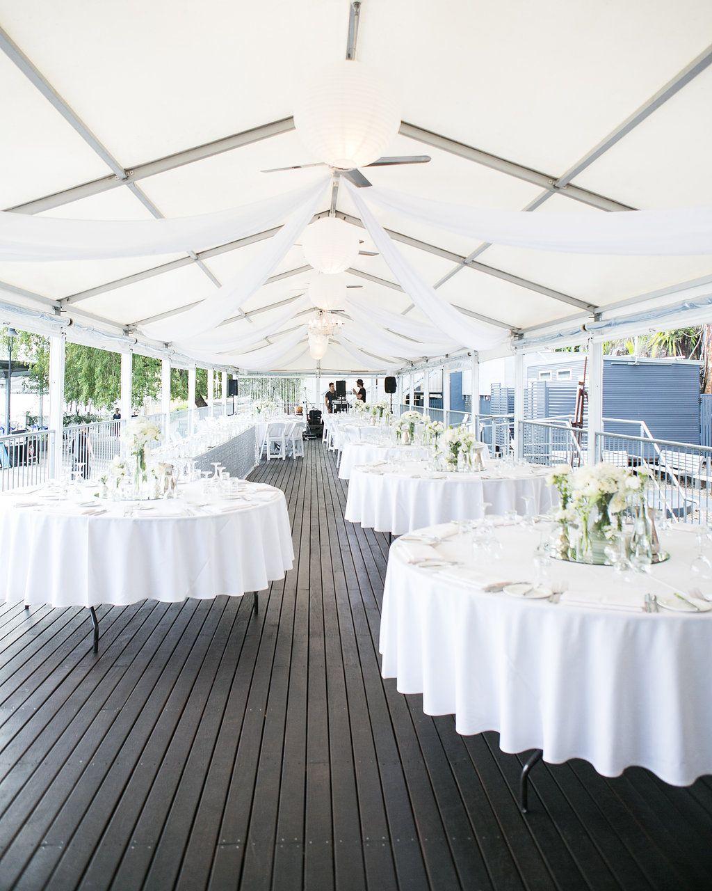 Elegant White Wedding Theme: Elegant White Theme