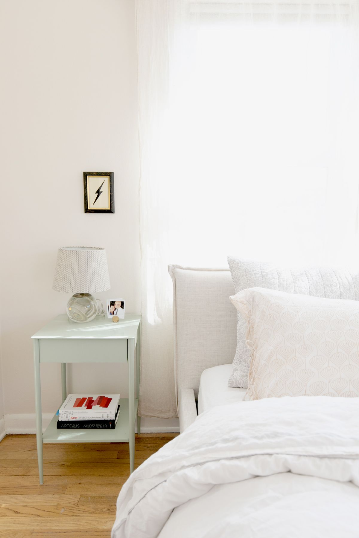 these three changes made our small bedroom makeover a success rh pinterest com