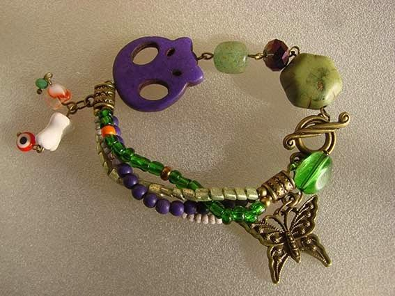 artesanias margaux:  Morada y verde