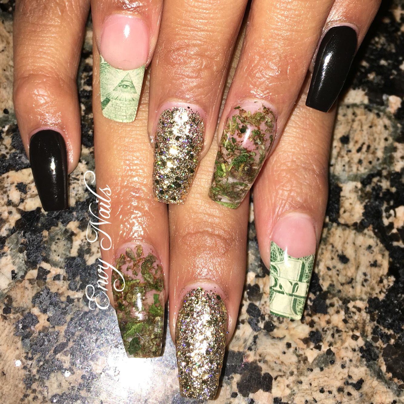 Weed Nails by instagrammer @thatmerrlmaid710 #weednails ...