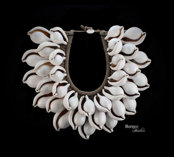 White and Beige Handwoven Pendant Collar