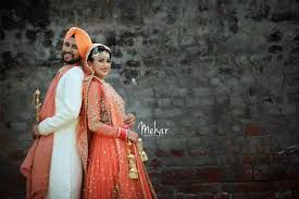 Mehndi Bride And Groom : Image result for bride and groom photography poses mehndi bridal